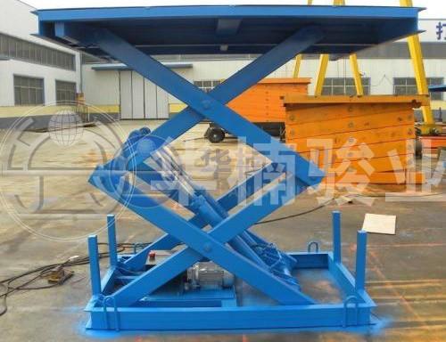 固定式液压装卸平台快速实现货物装卸